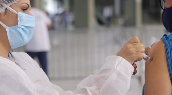 Vacinação para os professores será iniciada amanhã em Barra do Piraí, Itatiaia e Rio Claro